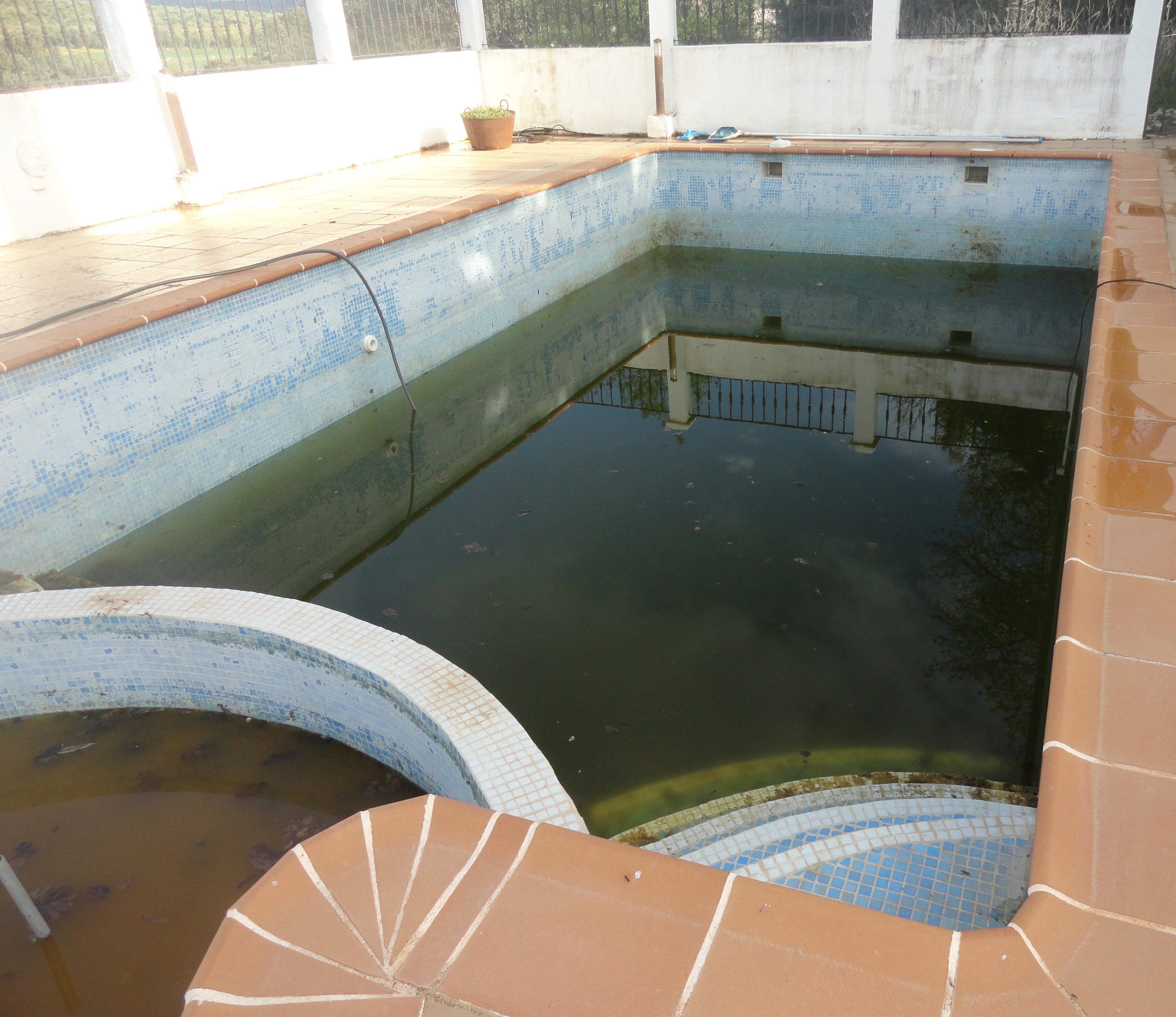 Een tweede huis in spanje wat komt er bij kijken spaansgeluk - Klein natuurlijk zwembad ...